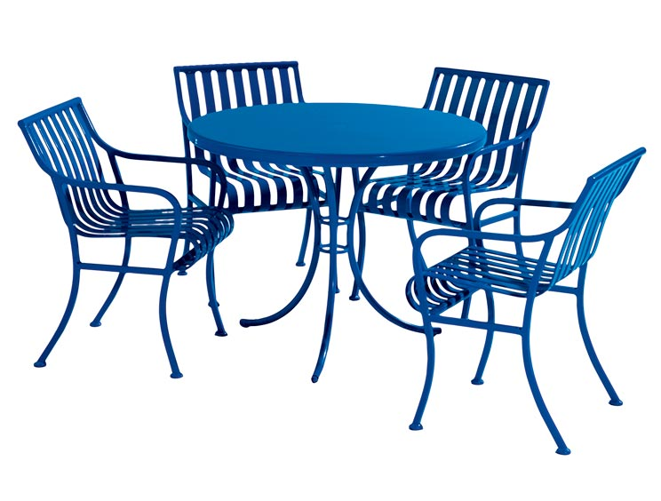 COURTYARD TABLE SET