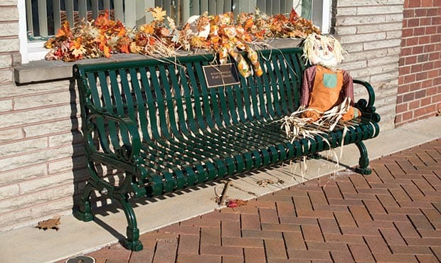 Lamplighter Bench decorated for Thanksgiving