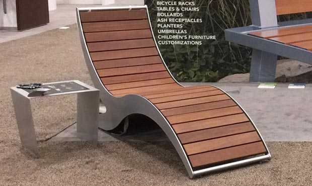 New Loma Chaise Lounge on display at ASLA 2017