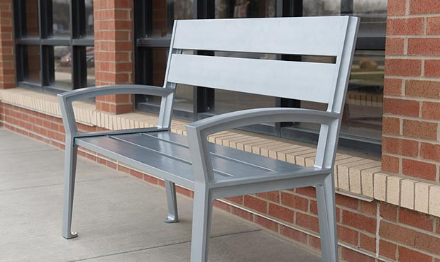 Simple and clean lines describe the Everett bench