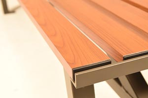 Wood Grain Aluminum Slats on Breakwater Flat Bench close up