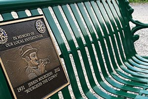 Commemorative ImageCast plaque on bench back